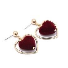 Pendientes Mujer Orecchini Fashion Trendy Alloy Earrings Red&black Color Suede Heart Dangle Earring For Girl Lovely Jewelry(China)
