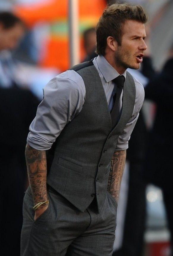 Hot Sale Gray Groom Vests Groomsmens/Best Man Vest Custom Made Size and Color Five Buttons Wedding/Dinner Waistcoat