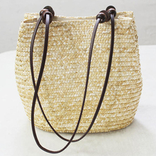 Just Follow 2017 New Vintage Women Handbag Summer Shoulder Bag Vintage Casual Bucket Straw Tote Bag Beach Bag 3 Colors