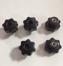 5pcs Black Plastic M6 x 32mm Head Diameter Seven Star Through Hole Clamping Knobs