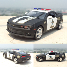 Brand New 1:38 Chevrole Bumblebee corvet Police Alloy Diecast Model Car Toy with Pull Back Vehicle For Boy Gift Collection