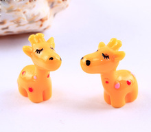 Cartoon Deer Figures lovely decorative mini fairy garden animals statue jardin miniature Moss ornaments resin TNA025