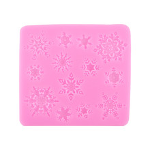 1Pcs Snowflake Xmas Silicone Fondant Cake Mold Soap Chocolate Mould Clay Mould Christmas