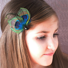Peacock Feather Clip Wedding Feather Fascinator Bridesmaid Peacock Accessory(China)