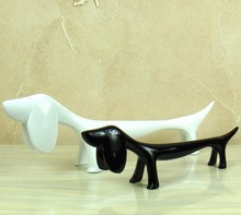 Modern Dachshund Figurine Abstractive Polyresin Sausage Dog Statue Freshness Decoration Handicraft Adornment Present Accessories