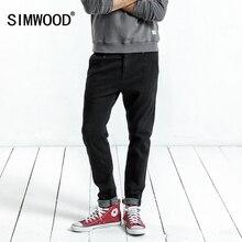 SIMWOOD 2019 primavera nuevos pantalones casuales de los hombres flacos  Biker Jeans Hombre Pantalones de moda bordado bolsillo S.. b798ccd326a
