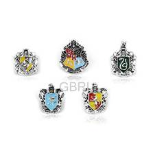 New Arrivel College Logo Hogwarts Gryffindor Hufflepuff Slytherin Ravenctaw Alloy Brooch Gifts For Fans Movie Jewelry
