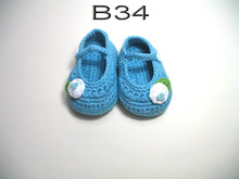 free shipping,handmade crochet baby shoes 100% cotton.Double soles,baby Crib Shoes House shoes blue with white flower(China)