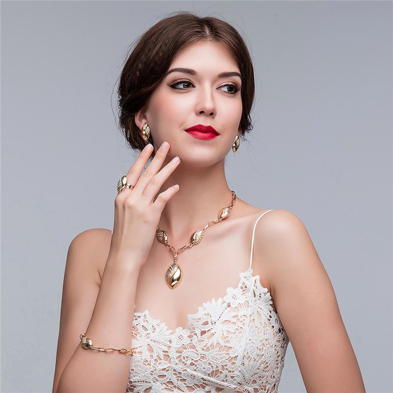 jewelry sets (382)