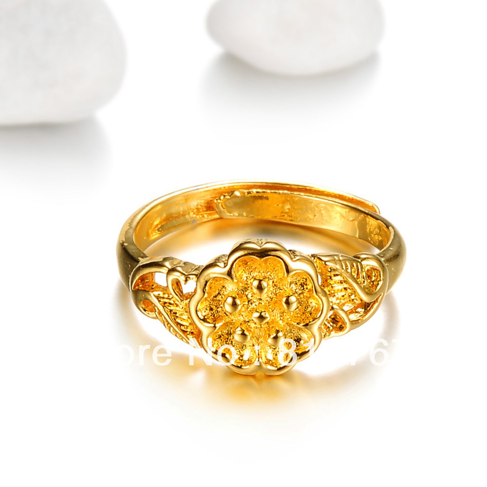 Gold ring for women