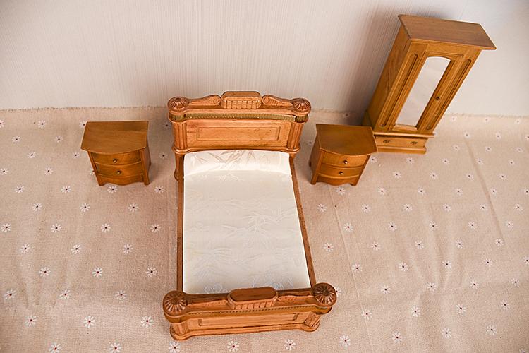 dollhouse furniture toy (2)
