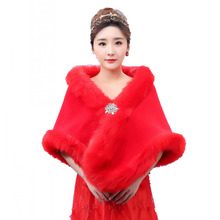 Luxury Red Faux Fur Bridal Shawls with Diamond Jacket Wedding Bolero Wraps Bridal Accessories Cape Coat faux fur stole