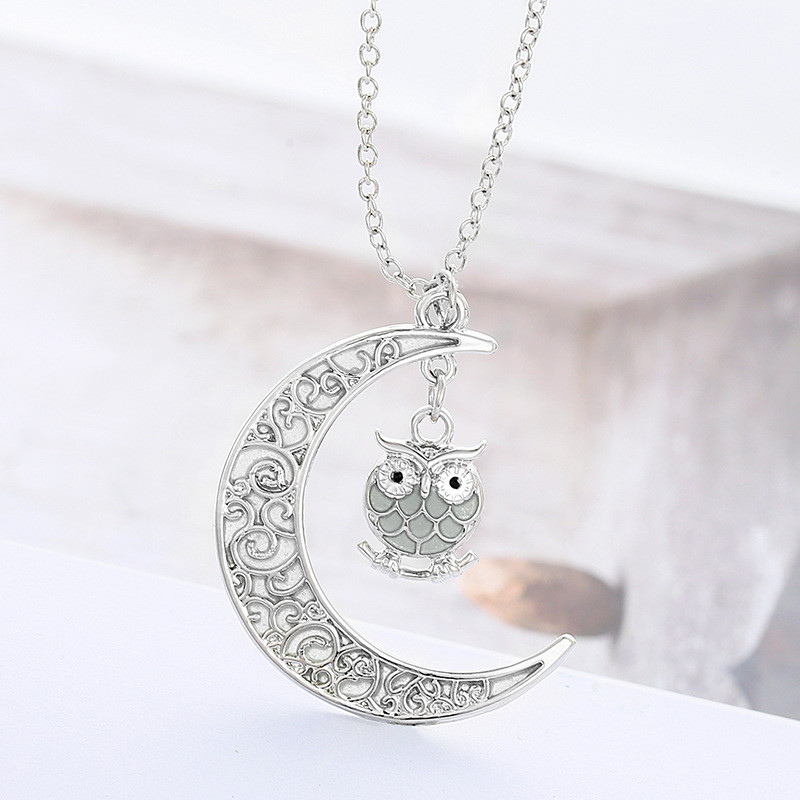 New Design Luminous Glow In The Dark Crescent Moon Owl Shaped Pendant Necklace For Women Jewelry 3
