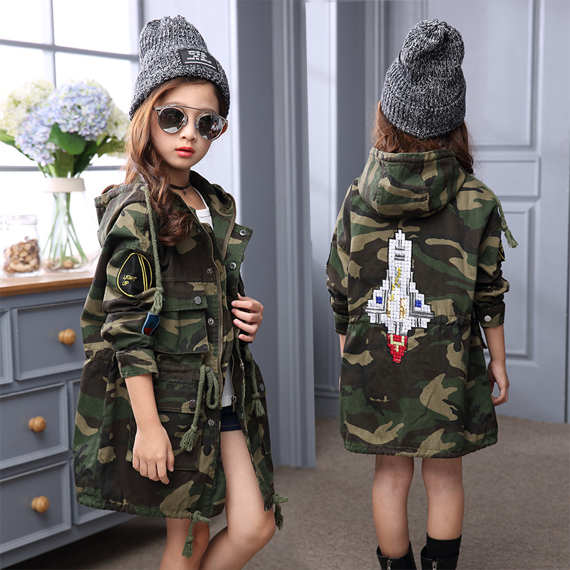 2016 Kids Girls autumn Korean fashion trend big boy sleeved waist long paragraph camouflage coat free<br>
