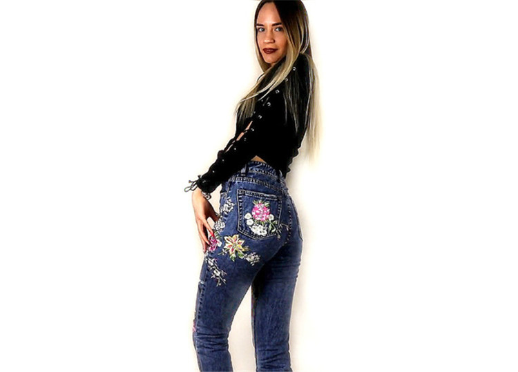 2018 Women's Three-dimensional 3D Heavy Bird Flower Embroidery High waist Slim Straight jeans Large yards (3)
