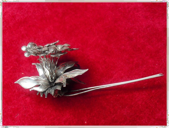 3D Flower Clutch Hair Sticks Traditional Antique Pinach Artwork Silver Hair Stick Hanfu Accessories Stage Performance<br>