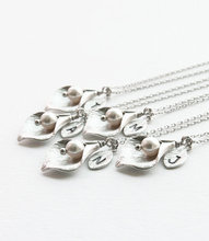 10pcs/Set Silver Gold Calla Lily Initial Necklace Pendant Cheap Bridesmaids Pearl Necklaces for Women Fashion On Line Jewellery