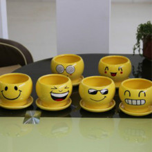 2017 selling goods face ceramic ceramics pot meat and smiling cartoon flowerpot  mini  cute   creative   the  style is cartoon