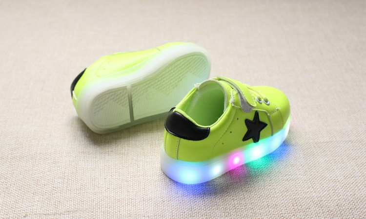 New 17 Cool LED lighted fashion new brand breathable children shoes cute little baby girls boys shoes kids sneakers 12