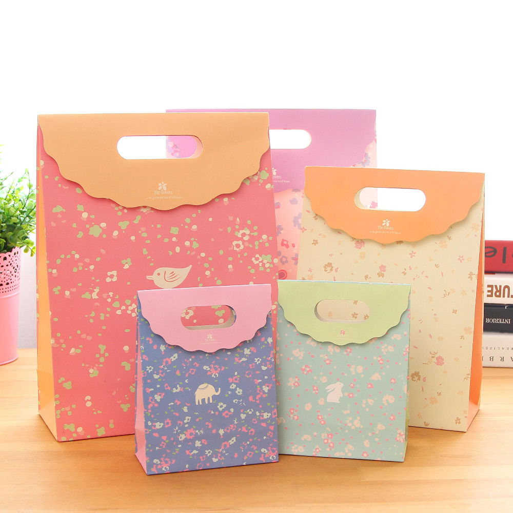 9 Bags Of Cute Paper Bag Gift Wrap For Kids BirthdayParty Tab Top Idea CandySmall Packing