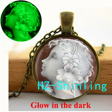 New Fashion Glowing Cameo Necklace Angel Cameo Pendant Jewelry Glass Dome Pendant Glow in The Dark Necklace