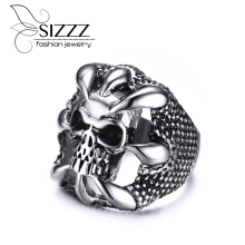 SIZZZ Men's Sliver Stainless Steel Dragon Claw of the Beast Skull Band Rings for Men Vintage Punk Biker Jewelry(China)