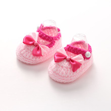 Rosa Hecho A Mano de Ganchillo Zapatos de Bebé Bebe Zapatillas Lindo Pajarita Infant Toddler Girls Zapatos Del Pesebre Del Recién Nacido Photo Props(China)