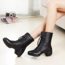 Shoes Manufacturers Selling In Autumn And Winter Leather And Velvet Square Dance Boots