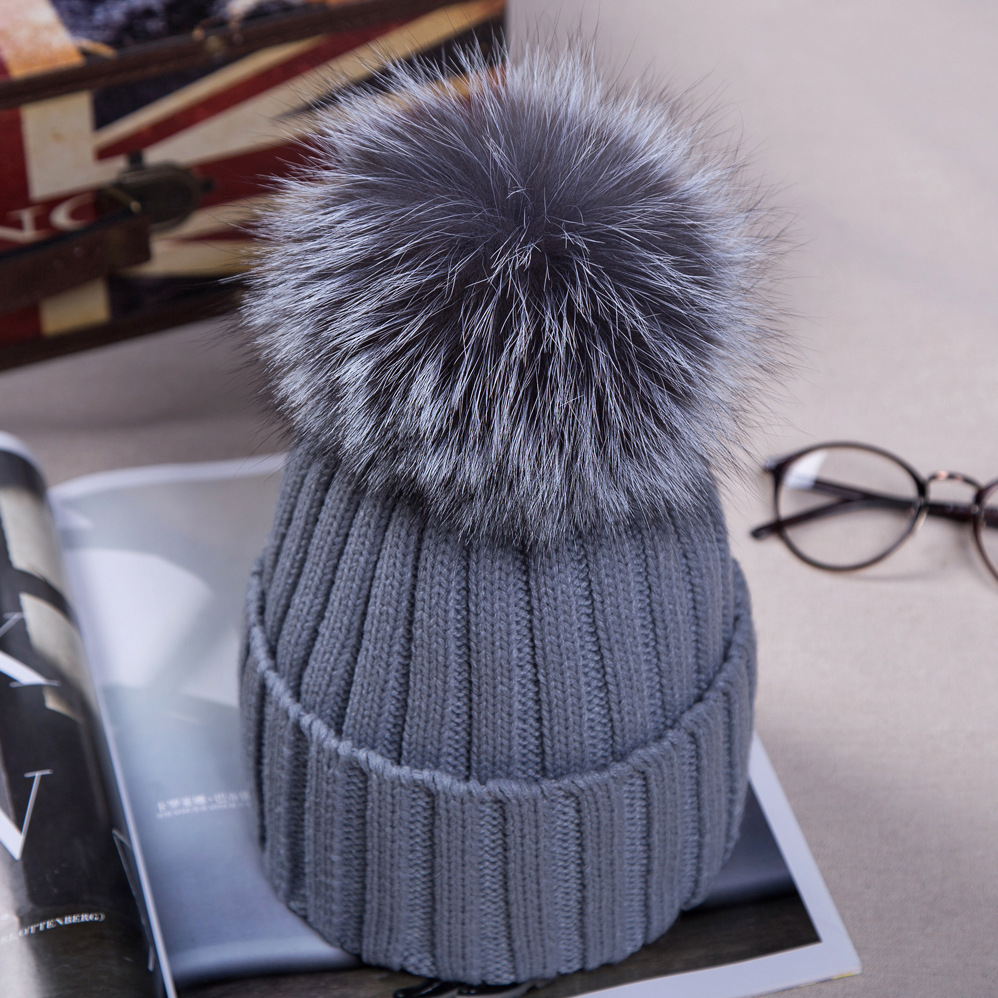 Knitted Hats for The Winter with 12CM Silver Fox Fur Ball Tops Women Acrylic Russian Cap Beanies Casual Womens Fur Hat 03-P31Одежда и ак�е��уары<br><br><br>Aliexpress