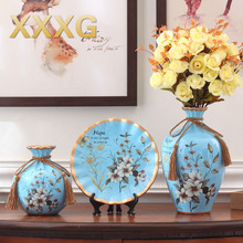 XXXG// American retro ceramic ornaments vase three piece of European living room cabinet modern  Home Furnishing decorations