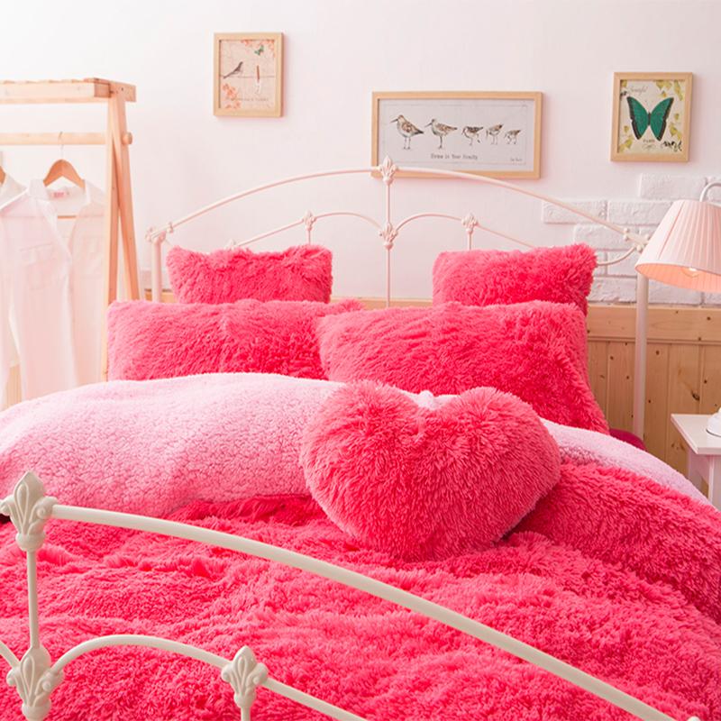 Soojast fliismaterjalist voodipesukomplektid