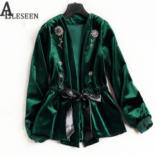 UK Winter New Style Beading Luxury Cardigan Jackets 2017 Long Sleeve Green / Black Flower Velvet Beaded Jacket Women(China)
