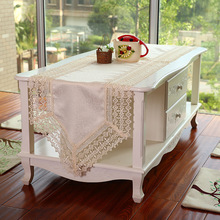 New Hot Sell 40*200cm Elegant Full Lace Table Runner White Delicate Polyester Lace Table Towel Cloth Cover for Wedding 2738