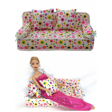 BBGUN001 Doll Accessories Cute Dollhouse Furniture Flower Cloth Sofa Couch With 2 Cushions For Barbie Doll House Toys Best Gift