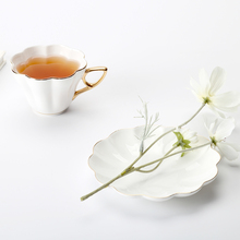 Flower coffee cup set 006 Bone china Coffee Cups High Quality  Ceramic cup Creative gifts with plate and spoon220ml