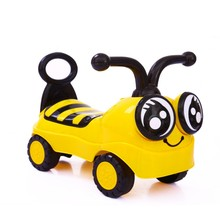 child boy girl toy Twist car 4 wheels keep balance walking cartoon bee car gift for kids good quality with music(China)
