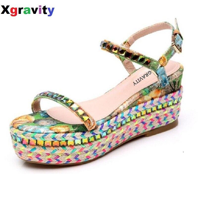 Drop shipping Hot 2017 Summer Lady Fashion High Heel Wedge Sandals Elegant Flower Rivets Design Lady Fashion Floral Shoes B035<br>