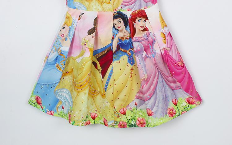 Multikategelastega kleidid tüdrukutele