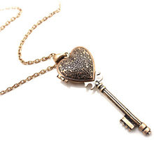 New Brand Hot Sales High Quality Vintage Heart key necklace Fashion Jewelry For Woman