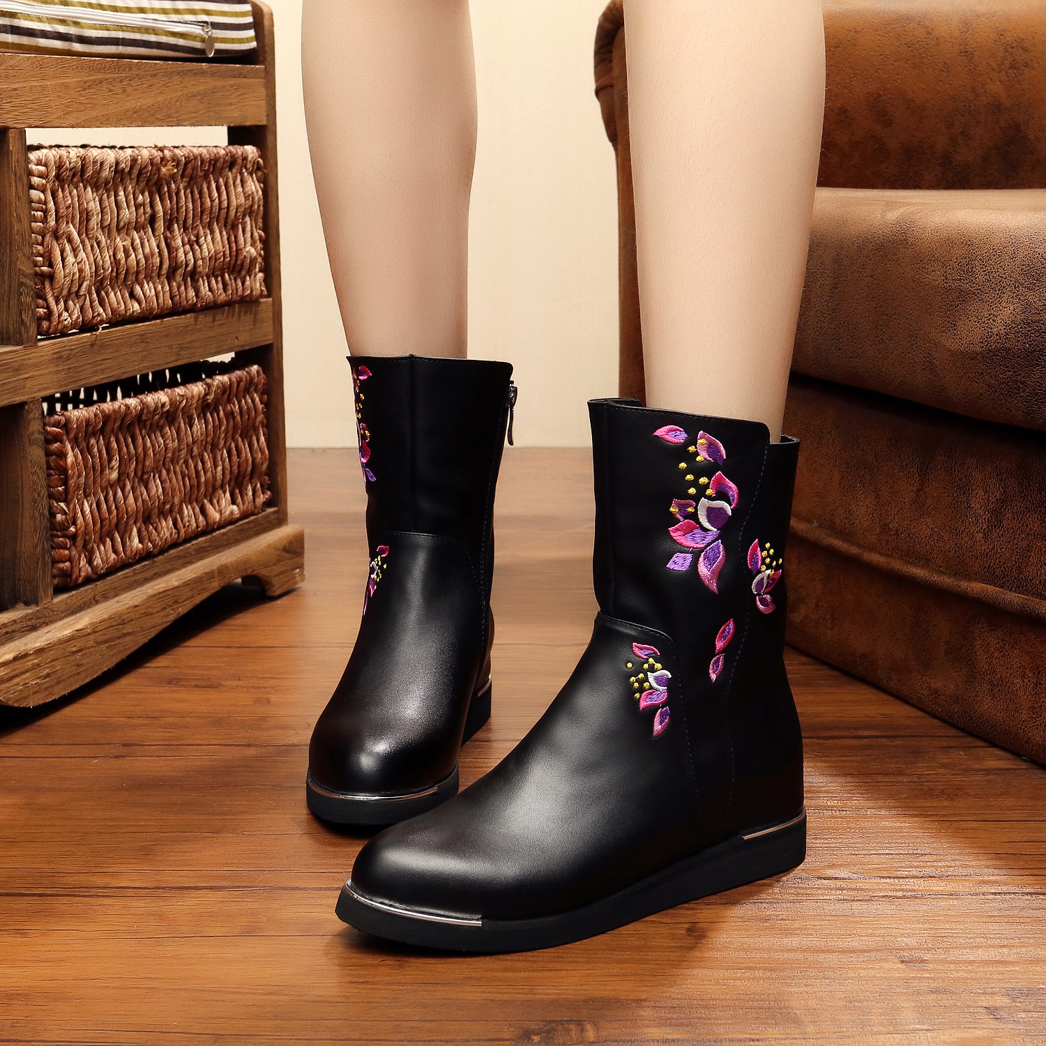 High Quality PU Fashion purple lily pads embroidery Women Winter Snow Boots keep Warm boot shoes Ladies short Boots<br><br>Aliexpress