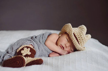 Newborn Infant Boy Cowboy Set Hat Shoes Boots Baby Photography Prop Handmade Crochet Knitted Costume Baby Shower Gift