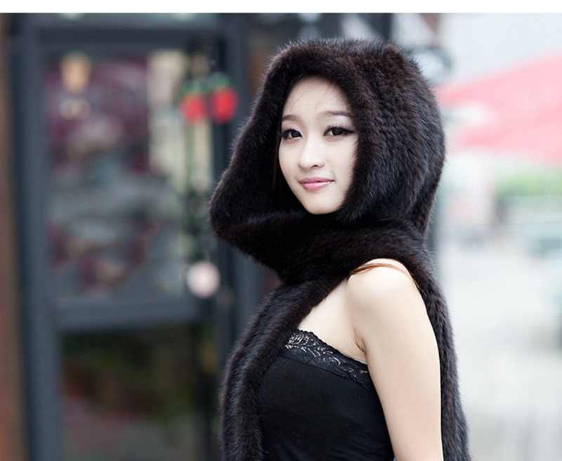 knitted mink fur scarf and hoody with tassels (10)
