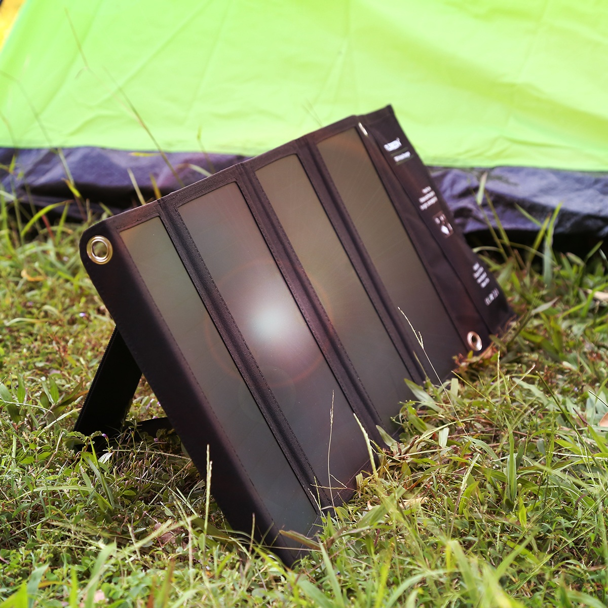 FLOUREON 28W Foldable Waterproof Solar Panel Charger Mobile Power Bank for Smartphones Tablets Triple USB Ports Outdoor 9