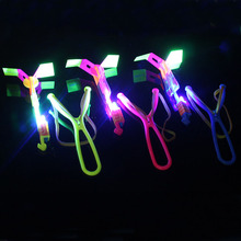 2017 Fun Light up LED Flashing Umbrella Helicopter Rubber Band Sling Shot Party Favor Halloween Christmas Glow Party Supplies