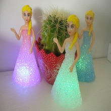 New Kids Toys Elsa/ Anna LED Colorful Lights Gradient Crystal Night Light Lamp With Battery Toy Christmas Holiday Gift