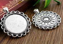 2pcs 30mm Inner Size Antique Silver Classic Style Cabochon Base Setting Charms Pendant (B5-07)
