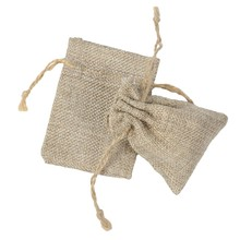 Wholesale 7x9cm 50pcs Mini Burlap Jute Drawstring Gift Jewelry Pouches Bags for Wedding Favors Christmas Rustic(China)