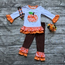 Fall/Winter girls pumpkin outfits kids Halloween pant sets damask clothes kids ruffle pant sets with necklace and hairhows(China)