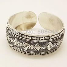 Gypsy Square Flower Metal Tibetan Silver Color Vintage Retro Tribal Fashion Bracelet Bangle Cuff for Women  Free Shipping