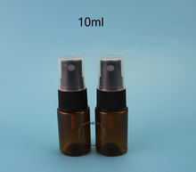 50pcs/Lot Promotion Plastic 10ml Perfume Bottle 1/3OZ Small Cosmetic Black Cap Spray Jar PET Refillable Packaging Mini Vials